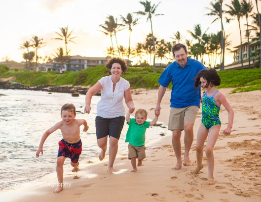 watermarked-neil-colleen-family-in-hawaii-001
